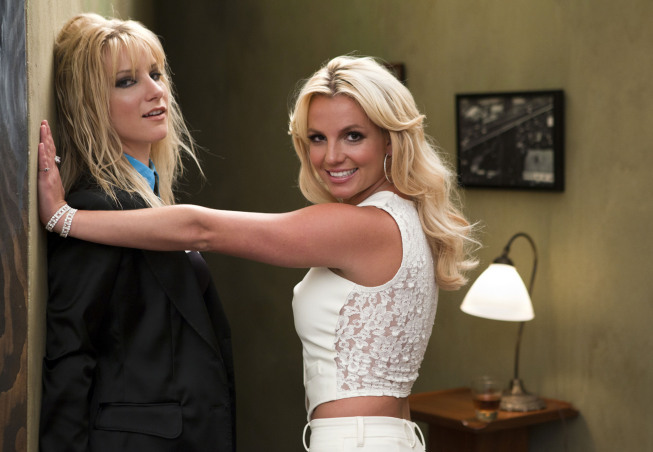 GLEE 2x02: Britney/Brittany (2/6)