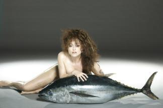 helena-bonham-carter-fish01