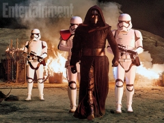 Kylo Ren and troops